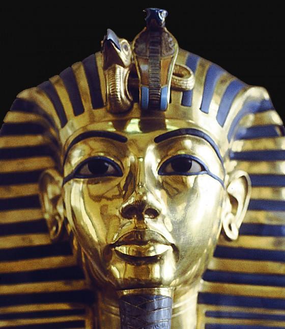 sinc_tutankamon-560x645